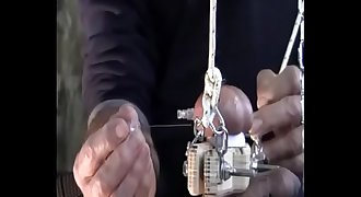 master tied ball and insert needle  in ball 16 03 08