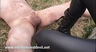 "Mistress Red Devil ""_Extreme Ballbusting in the park ""_.MOV"
