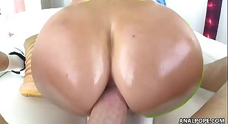 Jasmine Jae takes big dick rectally